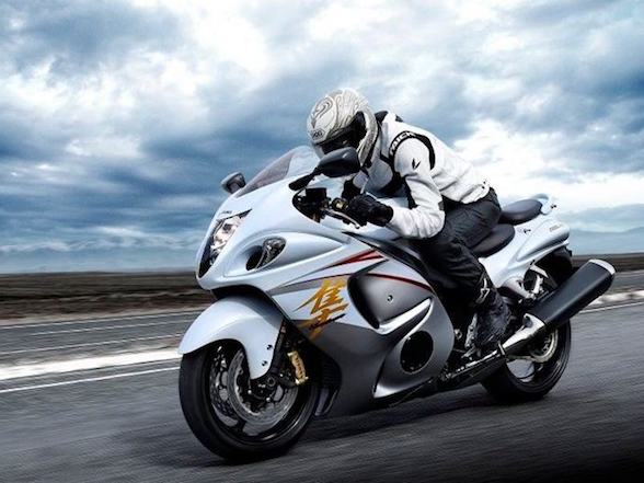 Suzuki Hayabusa: civilized speed