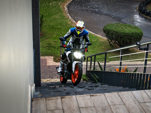 2017 KTM 390 Duke on track, up stairs and in studio