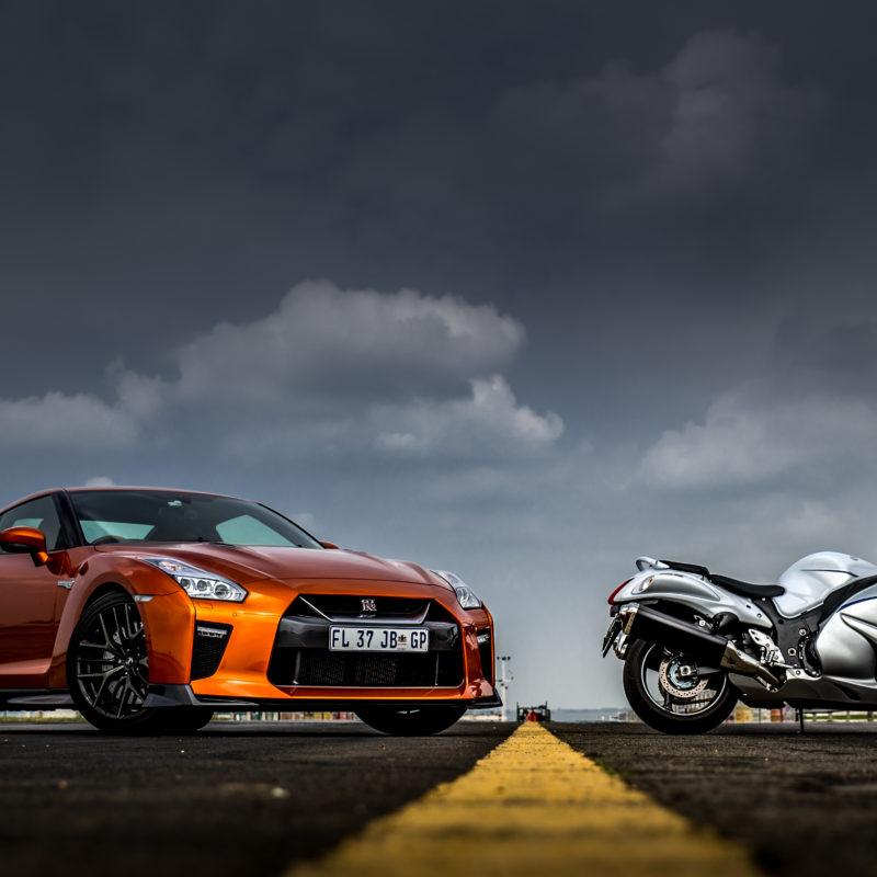 Car Vs Bike: Hayabusa Vs Nissan GT-R