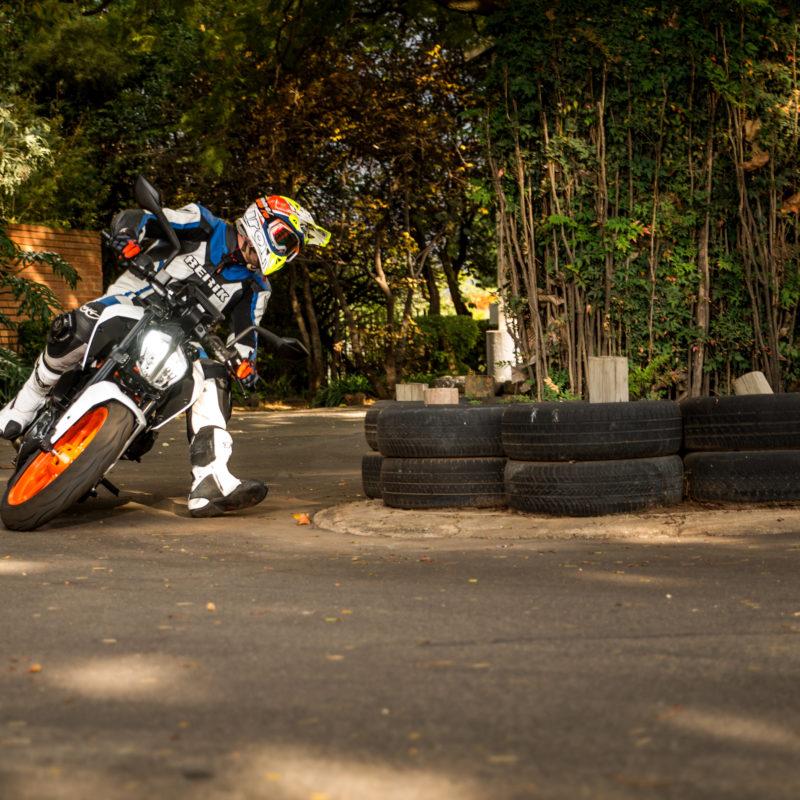 KTM 390 Duke corner