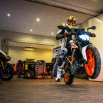 KTM 390 Duke studio