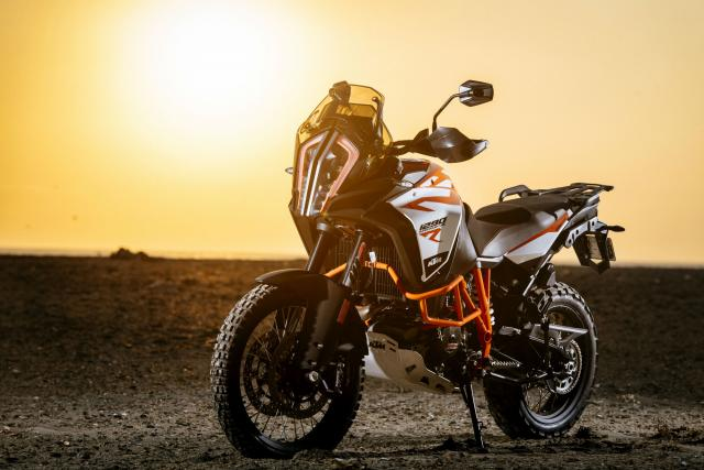 The KTM 1290 SAR wins Pirelli SA Bike of the Year 2017