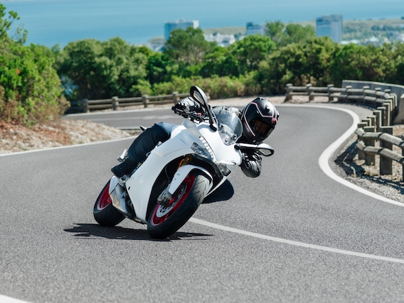 Review: Ducati Supersport S – more sport than touring