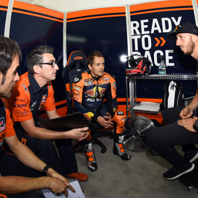 Cairoli MotoGP 32