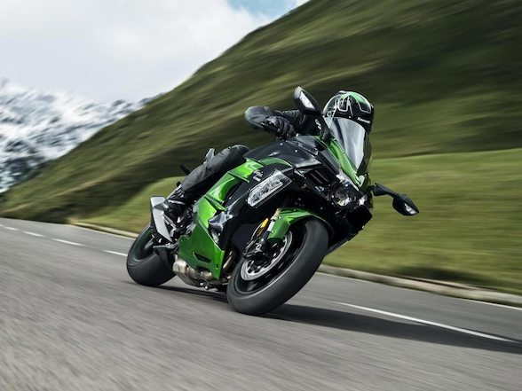 Kawasaki Ninja H2 SX – a supercharged tourer, what's not to like?