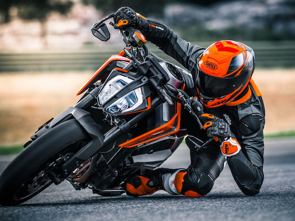 Here it is at last, the KTM 790 Duke