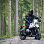 P90235453_highRes_the-new-bmw-r-ninet-