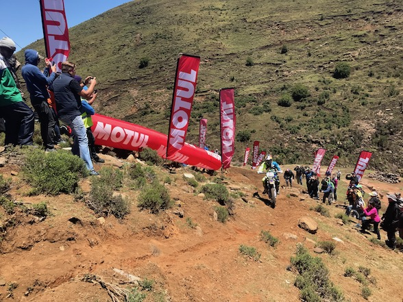 Provisional: Young wins Day 2 At Motul Roof of Africa