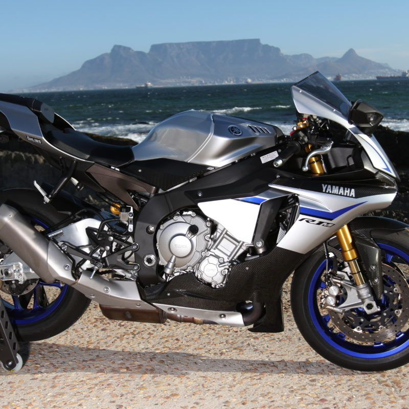 Yamaha R1 R1M Launch1144