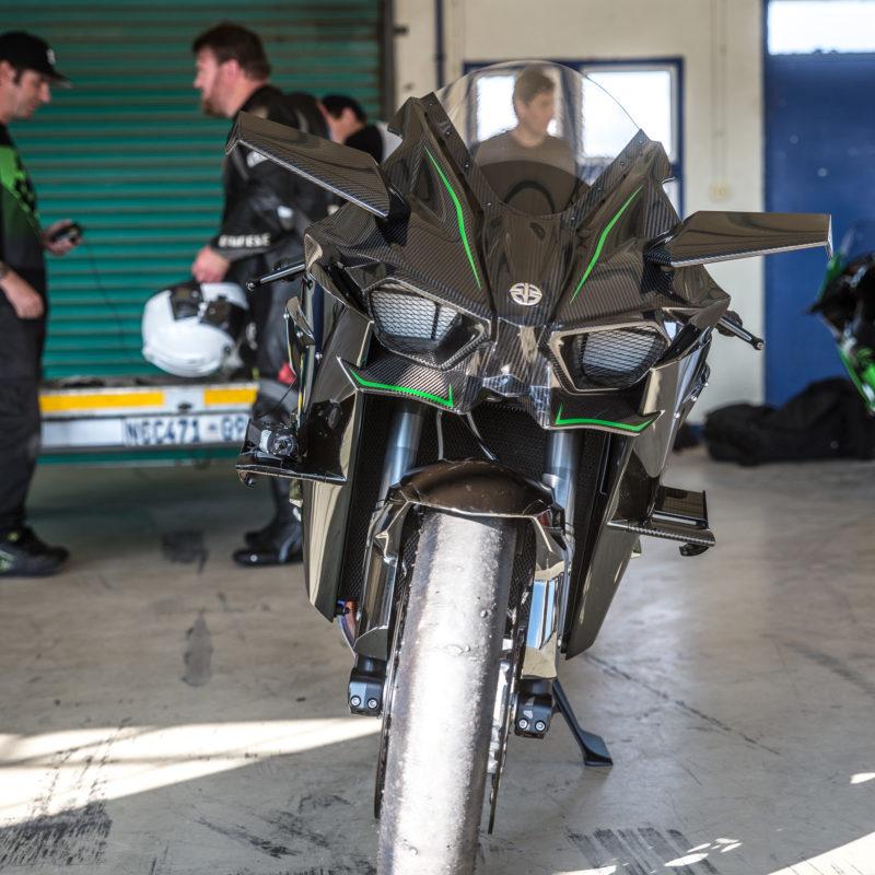 Kawasaki H2R 6433
