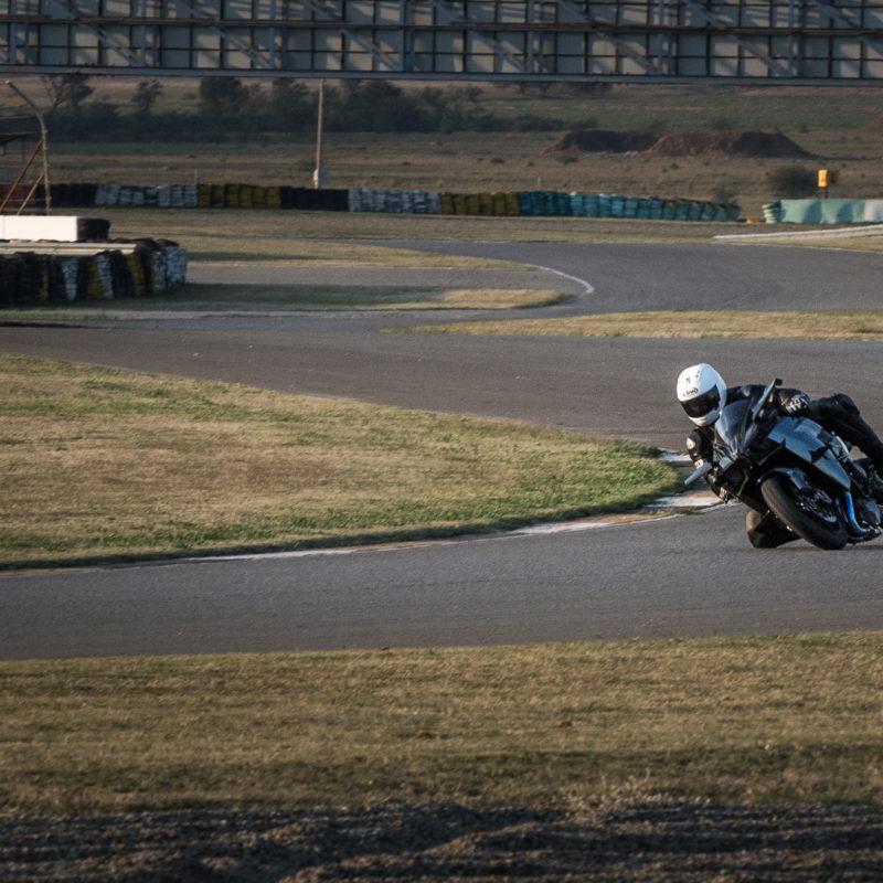 Kawasaki H2R 6865