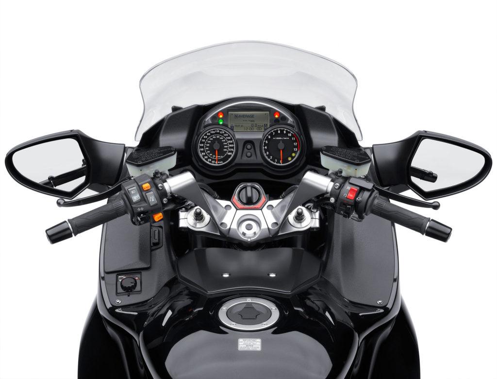 Kawasaki 1400GTR Dash