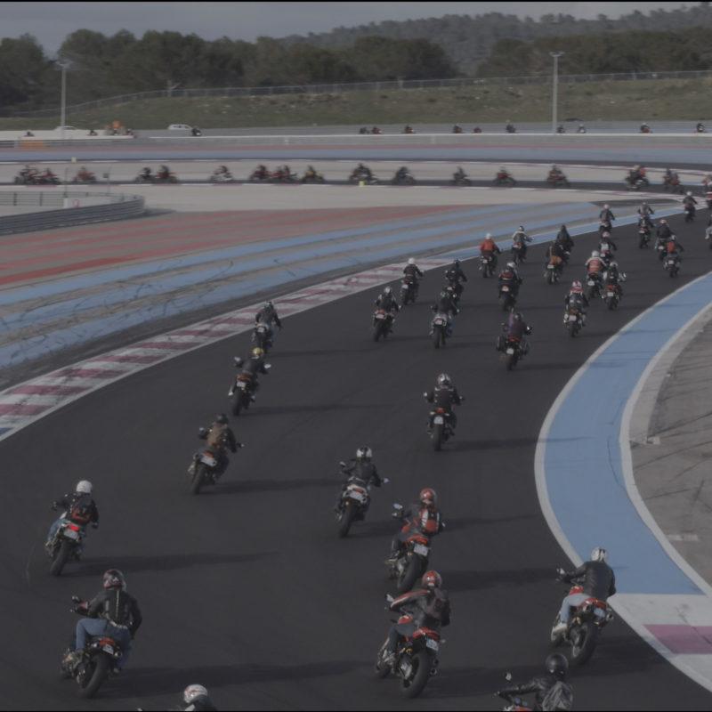 Ducati Monster Record e6c0b249c15c3ef47317d29c28dda7111fb141bc91c3be16ff24b6a315758bf7_Capture d_ecran 2018-03-27 a 17.11.13_UC65110_Mid