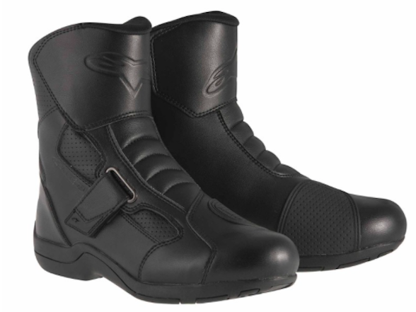 Biker's Warehouse offering 15% off all boots
