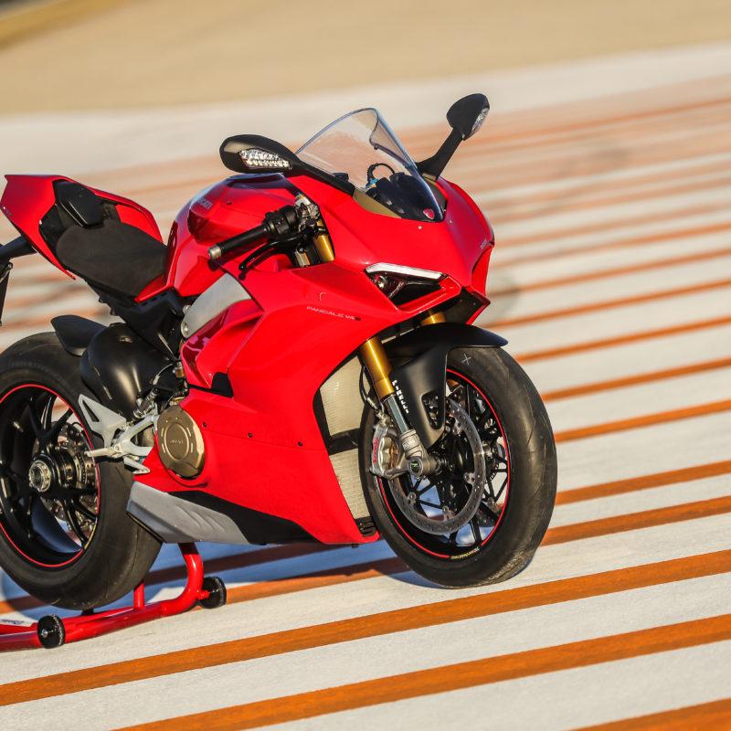Ducati Panigale V4 PANIGALE V4 STATIC 07