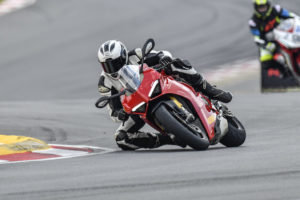 Review & Video: Ducati Panigale V4 S in Sabie and on Kyalami