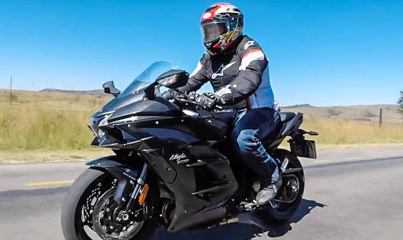 Review and video: The Kawasaki H2 SX hypersport tourer