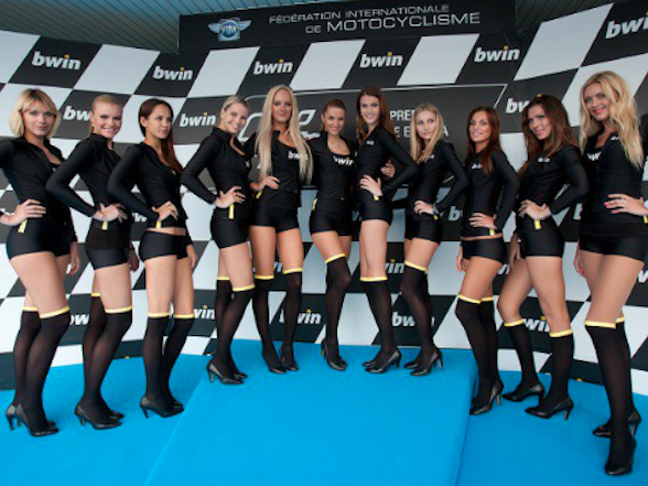 Donovan Fourie Blog: I think I've solved the grid girls dilemma
