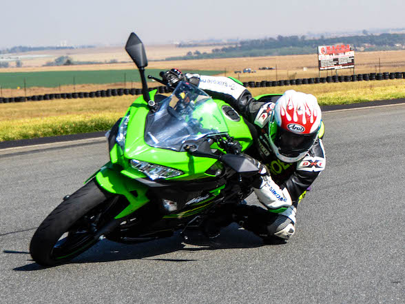 "Review – Kawasaki Ninja 400: ""This bike breaks all the rules"""