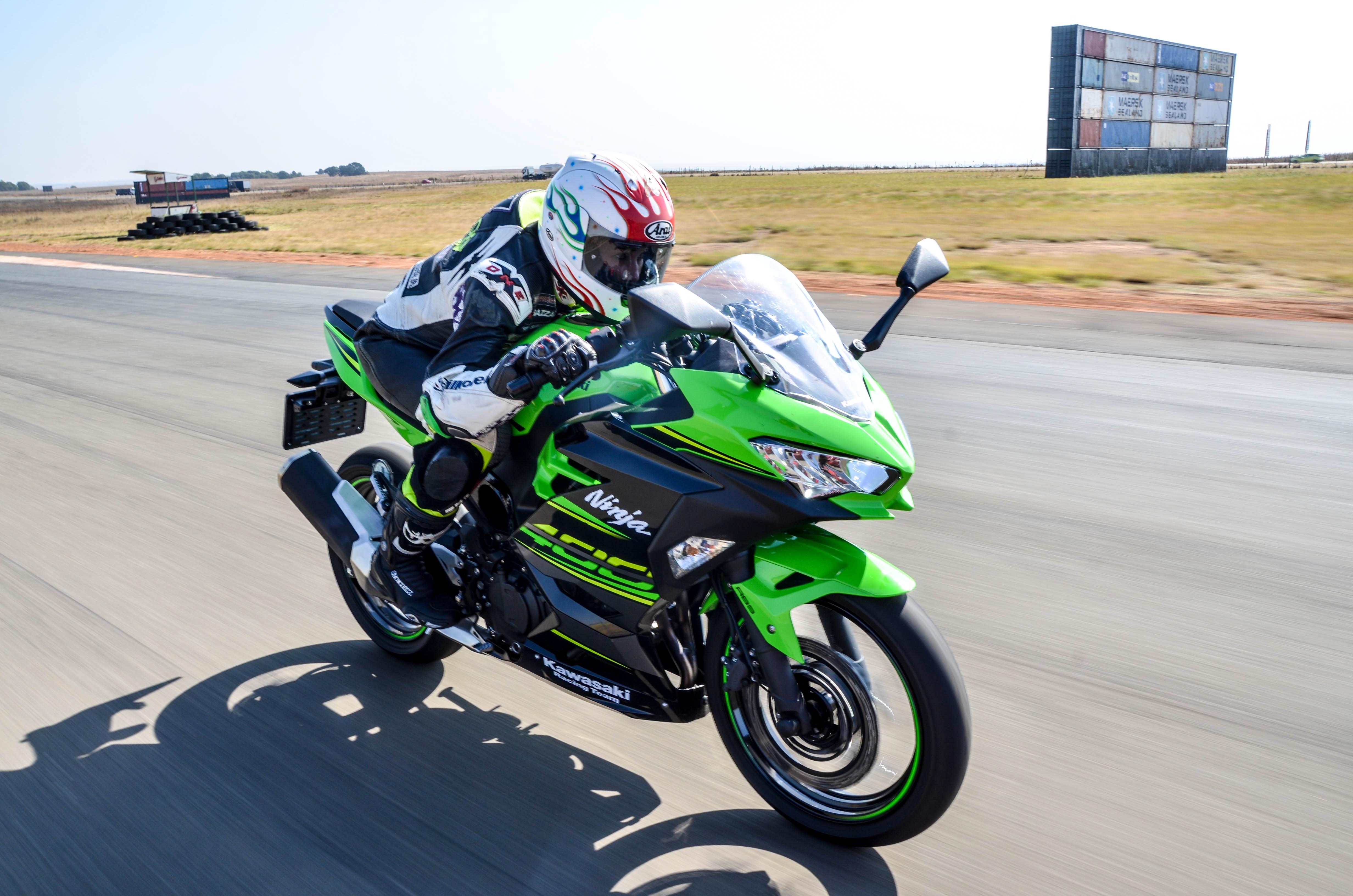 "Review – Kawasaki Ninja 400: ""This bike breaks all the rules"