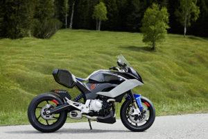 P90305666_9cento_bmw-motorrad-concept