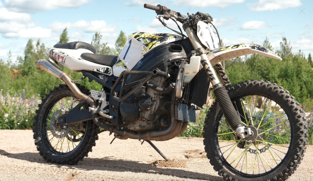 Suzuki GSXR1000 dirt bike