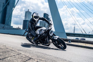 Review and Video: Husqvarna Vitpilen 701 – the bike for art lovers