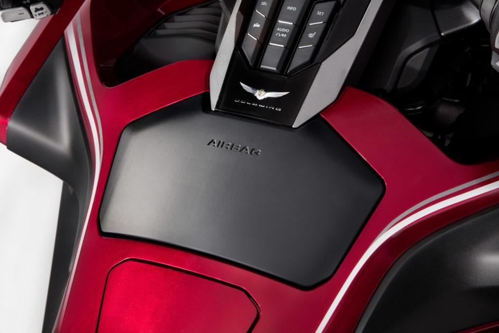 Honda Gold Wing 2018 airbag