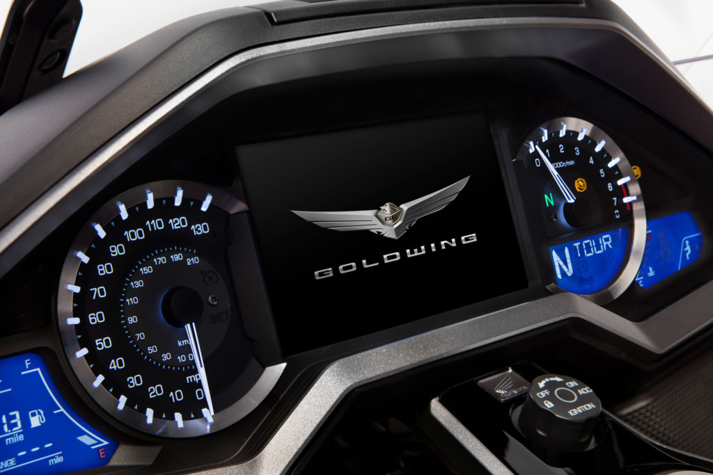 Honda Gold Wing 2018 dash