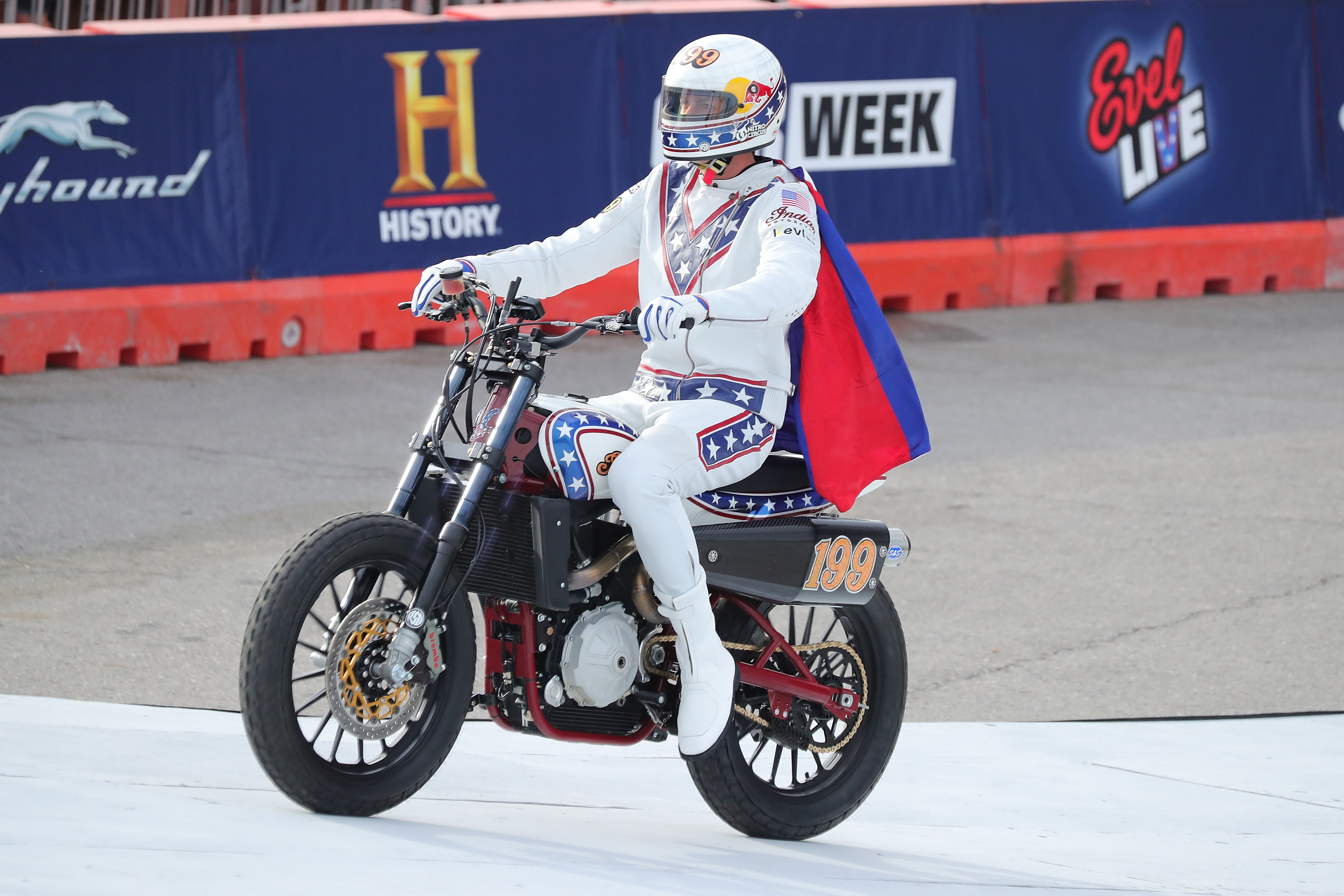 Travis-Pastrana-Evel-Knievel-Indian-Jump-b5a561a6