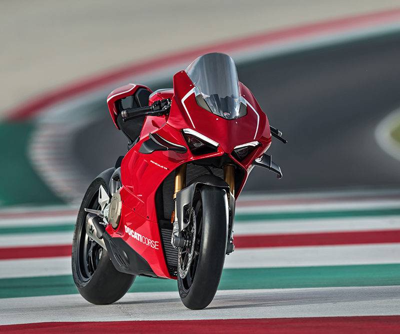 03_DUCATI PANIGALE V4 R ACTION_UC69241_Low