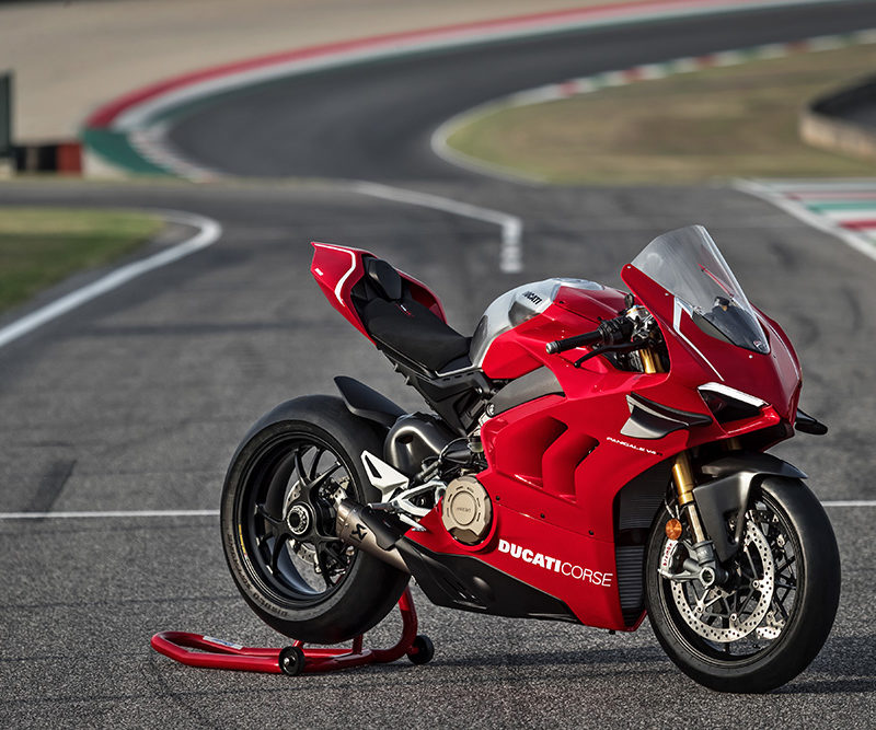 06_DUCATI PANIGALE V4 R ACTION_UC69244_Low