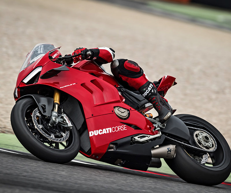 22_DUCATI PANIGALE V4 R ACTION_UC69259_Low