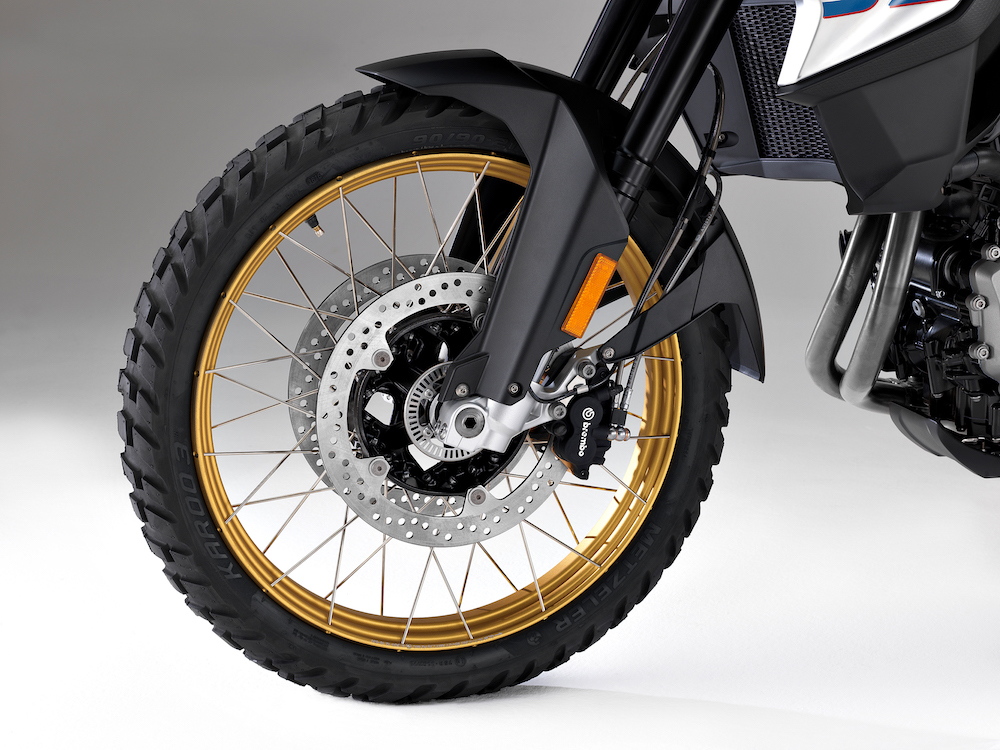 P90283527_F850 GS F750 GS Launch Cape Town front wheel forks suspension front
