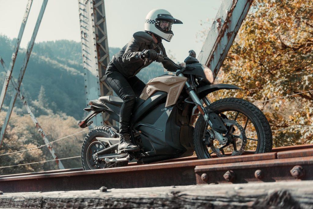 Zero Motorcycles Fire It Up Performance Technic railway