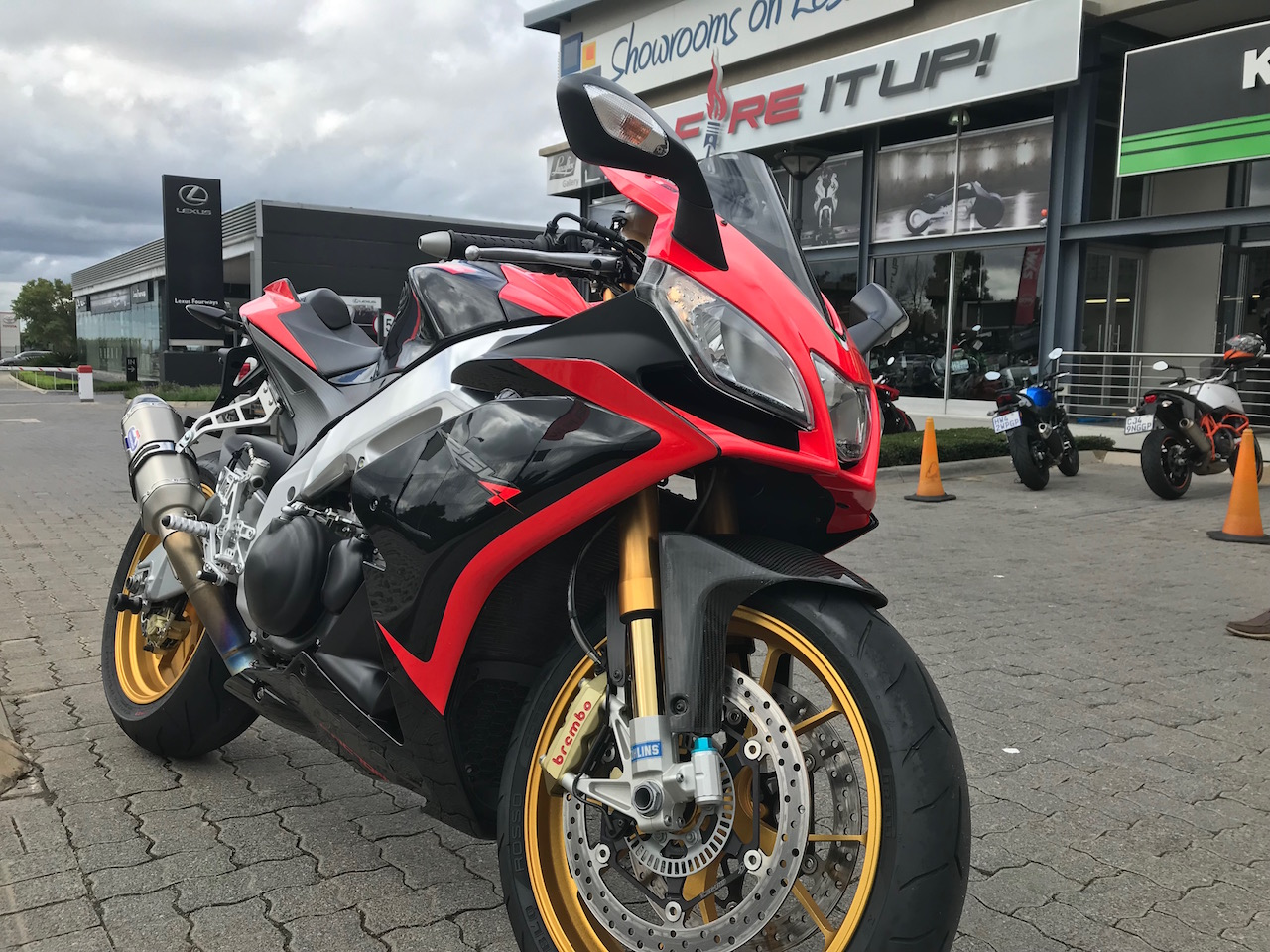Fire It Up Friday Review 2012 Aprilia Rsv4 Factory Aprc World