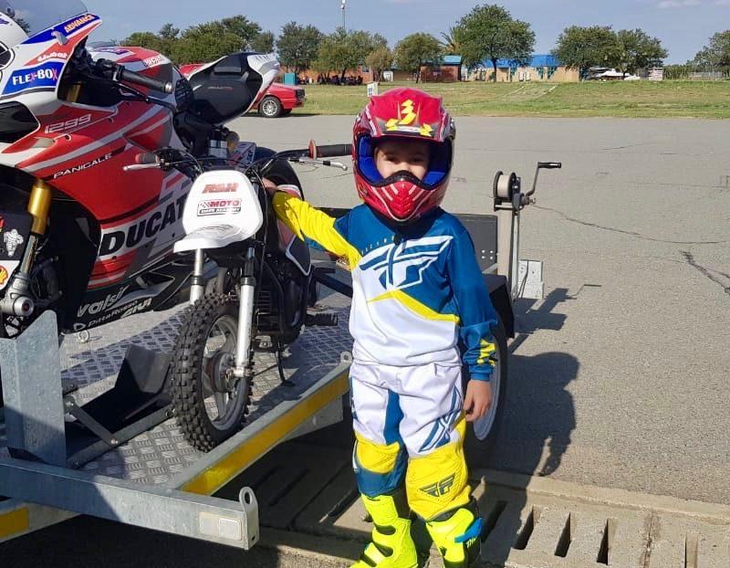 Phakisa Moto School Club track day secret 32cc4de1-a599-408a-96ec-757e268ed4ed