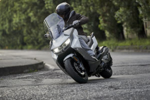 Review: BMW C400GT Maxi-scooter in Lisbon, Portugal