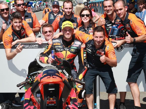 Brad Binder qualifies on the front row for Assen
