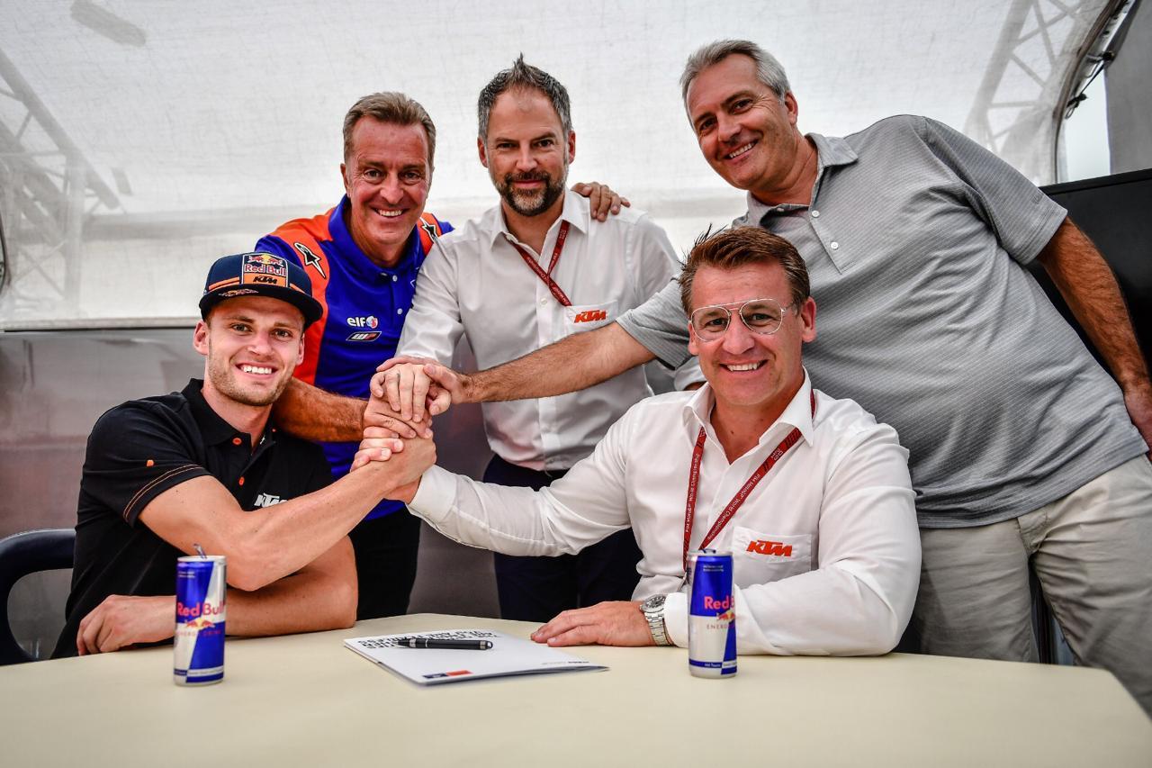 Brd Binder Signs for MotoGP KTM Tech3 4