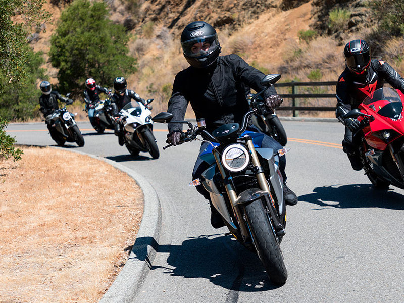 eletric-motorcycles-energica-ego-eva-ss9-streets