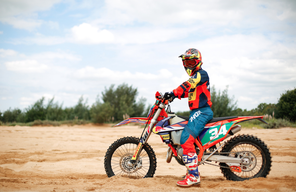 Bradley Cox Enters Gold Roof of Africa Enduro