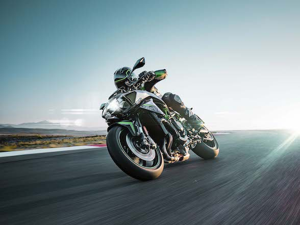 Kawasaki unveils the Z H2, a 200hp supercharged naked motorcycle