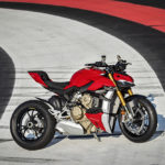 MY20_DUCATI_STREETFIGHTER V4 S_AMBIENCE_29_UC101651_Low