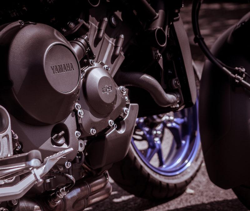 Yamaha Niken two wheel test three