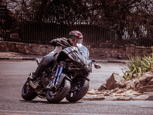 Yamaha Niken: Are two front wheels really better than one?