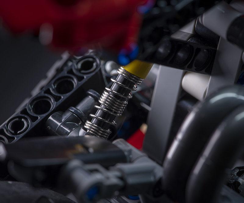 20_Ducati Panigale V4 R LEGO_ Technic__UC154230_Low