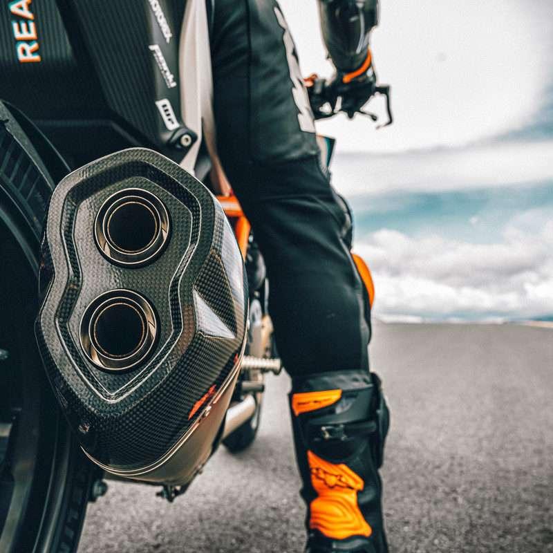 377988_MY21-KTM-1290-SUPER-DUKE-RR_-Action - The Bike Show