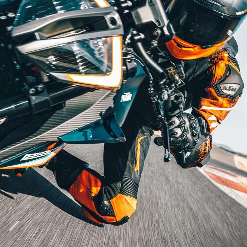 377960_MY21 KTM 1290 SUPER DUKE RR_ Static - The Bike Show