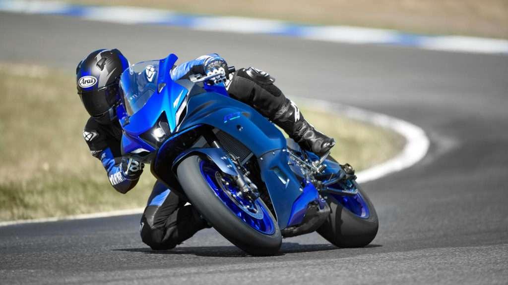 Yamaha R7 001_03_preview
